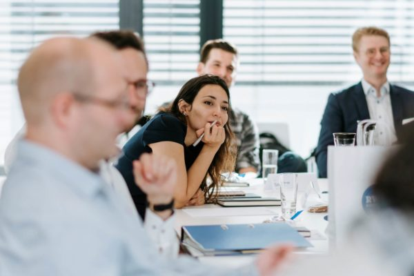 Teilnehmende während Seminar des Executive MBA
