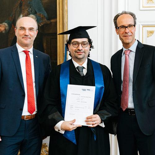 Zeugnisübergabe an den Executive MBA der RWTH Aachen