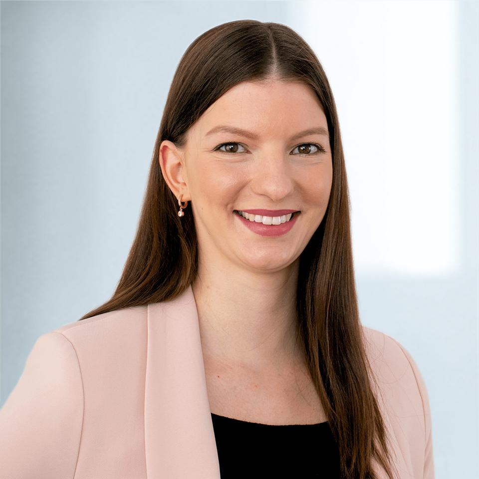 Julia Bartetzko | Programmkoordinatorin